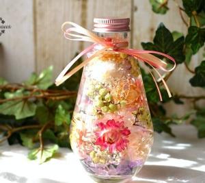 久しぶりのドロップ瓶で優しい色のハーバリウム