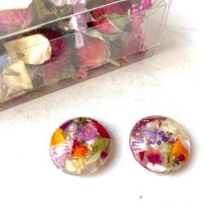 BOXのお花でピアスで〜きた!2コ目