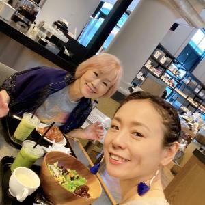 明日、9月17日、心屋智子さんとライブ配信をしま~す
