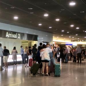【夏休みのチューリッヒ空港】