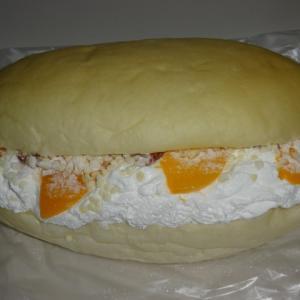 一度食べたらわかります! 【北のコッペパン専門店 豪雪堂 GOSETSUDO】の豪雪コッペ