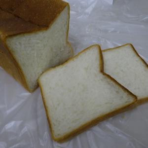 美味しいプレミアム生食パン 【リチュエル ル グラン ド ブレ】のRITUELプレミアム生食パン