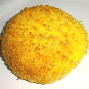 ヘルシーでボリュームがある 【エッグセレント/ベイクリー】の焼きカレーパン(モッツァレラチーズ)