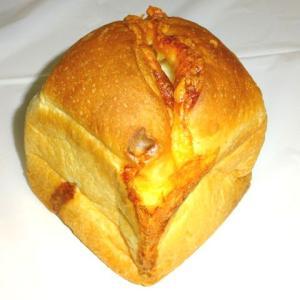 絶品!世界初の食パンにチーズ 【エスプレッソ D ワークス 池袋】のチーズワンハンドレッド