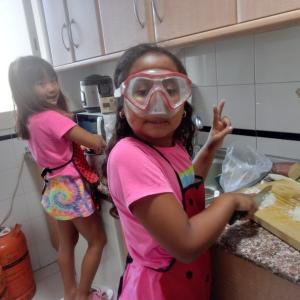 孫たちと過ごす時間2-YaYaのお料理教室-餃子と豚肉野菜の煮付け