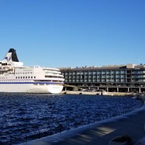 横浜新港埠頭ハンマーヘッド探索
