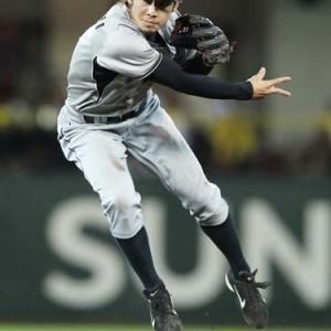 鳥谷退団以後欠番になってる阪神の背番号1にふさわしい選手wwwwzwwww