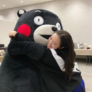 【悲報】本田まりんちゃんハグするwwwwwwwwwww