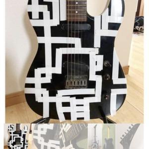 【画像】メルカリ民「布袋寅泰柄のギターです!!!!!!!」
