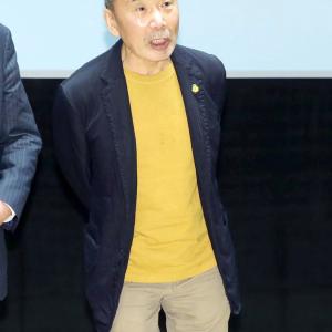 【悲報】村上春樹さん(72歳)、良い感じでお年を召される(画像あり)