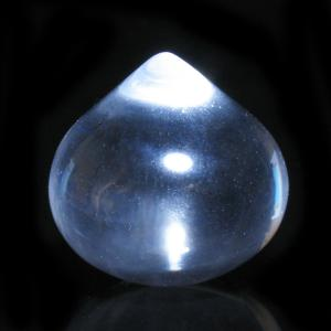 宝珠 天然水晶Aランク約20mm前後