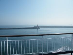 苫小牧港に入港