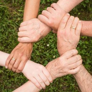 共に創り上げる支援