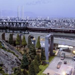 KATO阪急6300系関西で好きな車両です。「阪急マルーン」の車体は、独特の存在感を漂わせています。