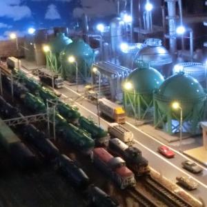 『RM MODELS』301号の特集は… 「映える情景の作り方」をもとに100均素材(ダイソー)で作った石油コンビナート