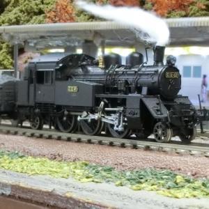 誰でもできる簡単小型レイアウトC12蒸気機関車と貨物列車