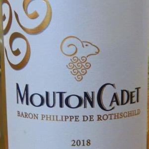Baron Philippe de Rothschild Mouton Cadet Blanc 2018 ~ マダイ