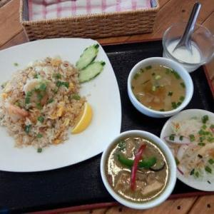39 THAI RESTAURANT [港南区] / 海老チャーハン + ミニグリーンカレー