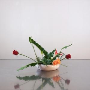ベーシック花器に、高さを抑えた作品