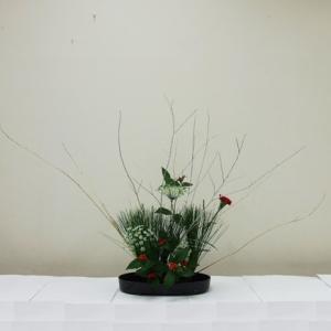 生徒さん お正月花 小判型花器で