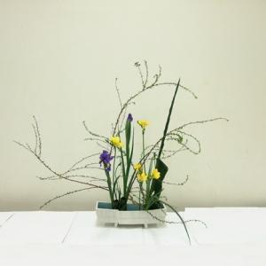 生徒さん どの花材の位置もバランスよく挿してあるね