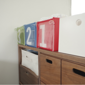 1歳児の保育園グッズ、IKEA&100円アイテムでコンパクトに収める。