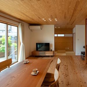 「杉板天井の家」施工例へアップしました