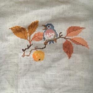 Eva Rosenstand 秋の鳥 - 一羽登場