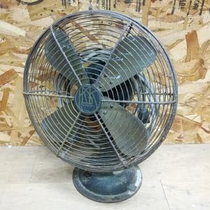 古い扇風機を戴きました(o^^o) 川北電気製作所のうずまきモデル