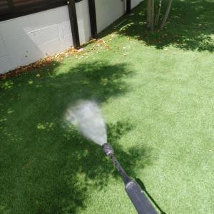 人工芝の洗浄