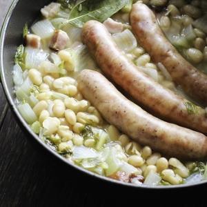 白いんげんとソーセージのスープ煮込み