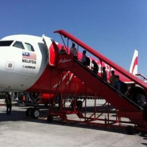 タイ行き航空券 LCCと一般航空会社の比較