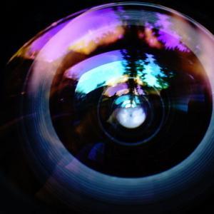 レンズの向こうのレンズの向こう側(1)
