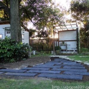 【ガーデンDIY】ペイビングと芝生張りの下準備 3・4日目