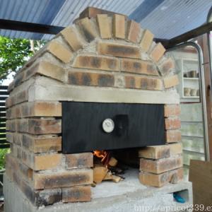 【ガーデンDIY】手作りピザ窯の完成とはじめてのピザ焼き