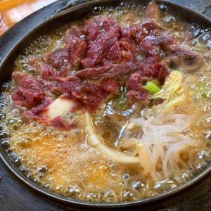 【柿島屋(かきじまや)】《町田/夜》馬肉料理で馬刺し・メンチ・桜なべ