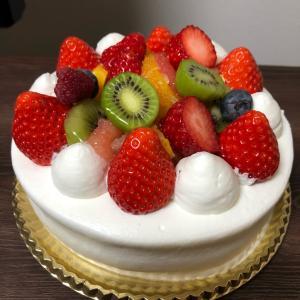 FAVORIのホールケーキ