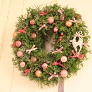 今年のクリスマスカラーはピンクにパープルにラベンダー【フラワーアレンジメント教室 西宮 神戸】