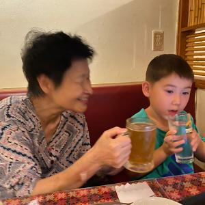 敬老の日はサプライズでお祝いしました!母が泣いちゃったよね。