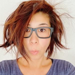 朝起きたら、髪が爆発!?!寝ぐせが信じられなくついている朝も○○があれば、大丈夫!