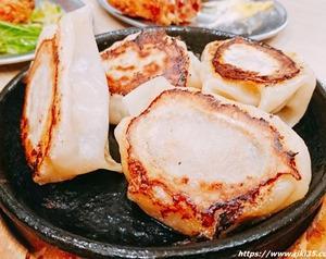 小倉昼飲み最強居酒屋「餃子のたっちゃん銀天街店」ハッピーアワー最高!餃子&ツマミも旨々です。