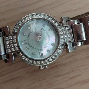 時計の文字盤と、不思議。