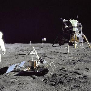 アポロ11号は月に行ったって言うのに