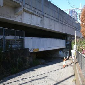 東京高輪の「首曲がりトンネル」の思い出