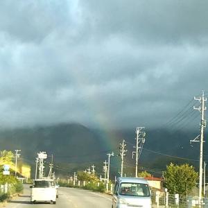 宿へいく途中、虹が!!