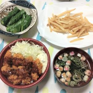今日のごはん(カキフライ丼&ぬか漬け&すまし汁)