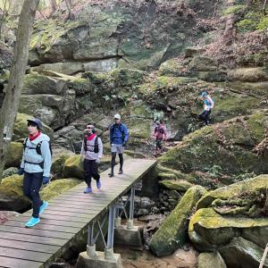 巨岩を探す旅!大阪の私市で交野巨岩めぐりトレイルラン