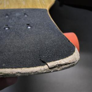 スケートの板は天然素材