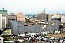 JR佐賀駅前の西友跡地に、「佐賀玉屋」を移転し新業態を探るのはどうだろうか