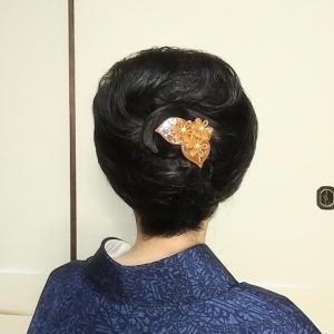 レベルの高いプロのアップ講座~簡単まとめ髪までご紹介